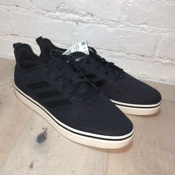 huge selection of 00a00 d103a New Men s Adidas True Chill Sneaker